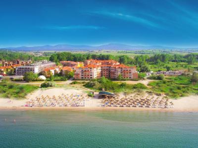 Hacienda Beach*** 2021