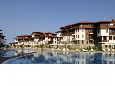 Saint Thomas Residences*****